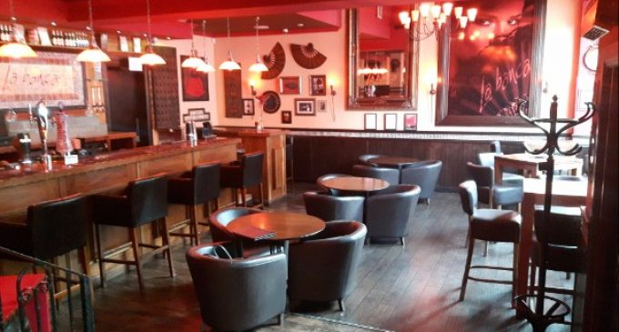 Well-Known Restaurant Premises To Let, Falkirk