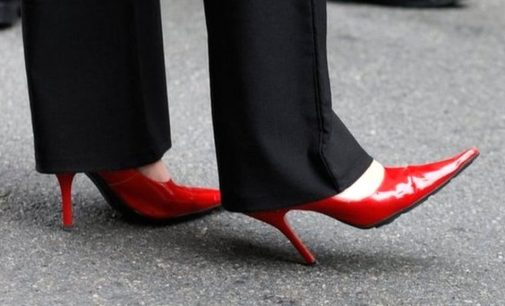Report Highlights Workplace Dress Code Equality Issues